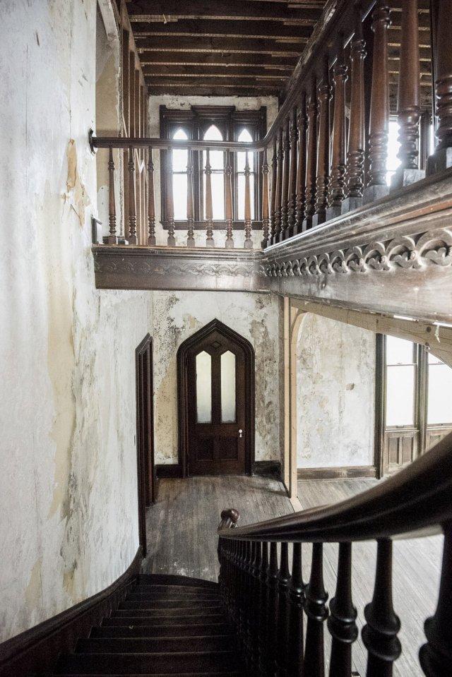 92 Interior Auburn NY Castle Home For Sale Auction Listings Real Estate Agent Broker Michael DeRosa .JPG