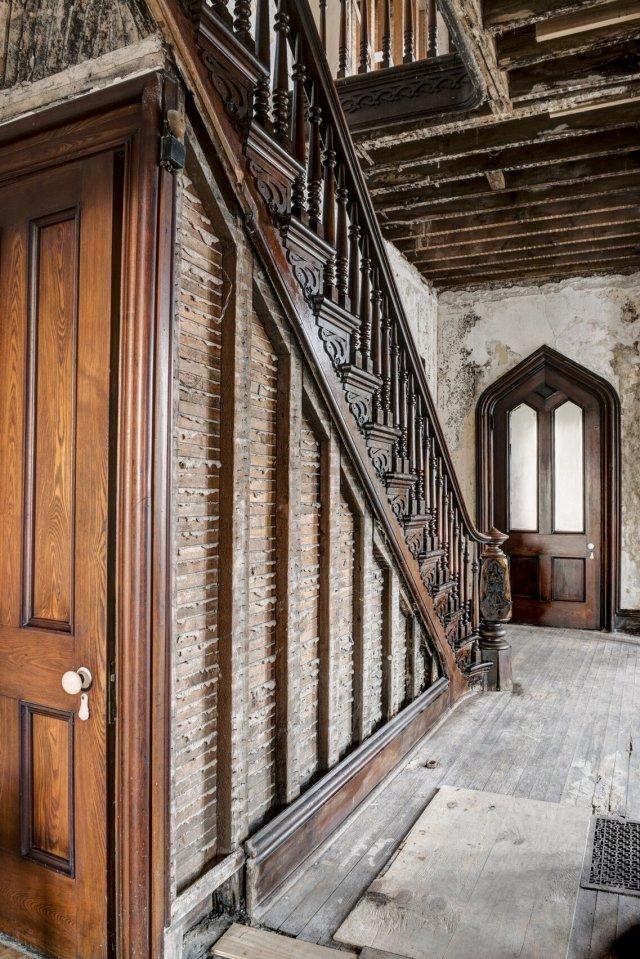 103 Interior Auburn NY Castle Home For Sale Auction Listings Real Estate Agent Broker Michael DeRosa .JPG