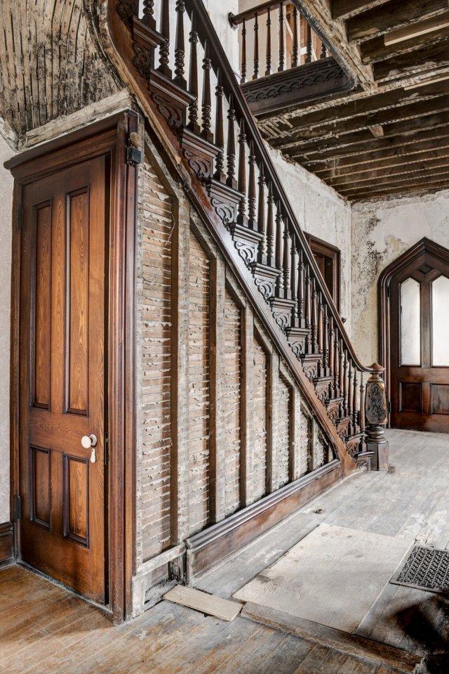 104 Interior Auburn NY Castle Home For Sale Auction Listings Real Estate Agent Broker Michael DeRosa .JPG
