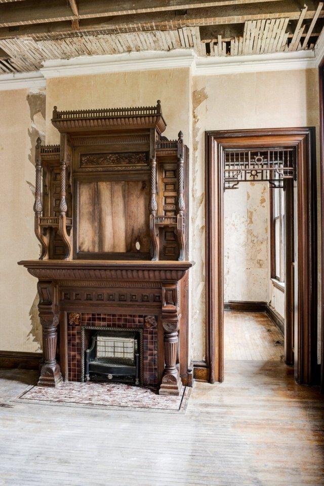 111 Interior Auburn NY Castle Home For Sale Auction Listings Real Estate Agent Broker Michael DeRosa .JPG