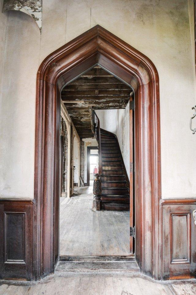 118 Interior Auburn NY Castle Home For Sale Auction Listings Real Estate Agent Broker Michael DeRosa .JPG