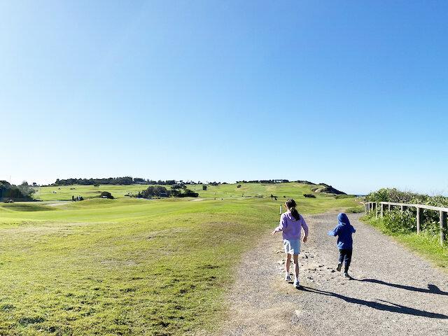 Long Reef Walk around Long Reef Golf Course - Photo Credit: @busycitykids