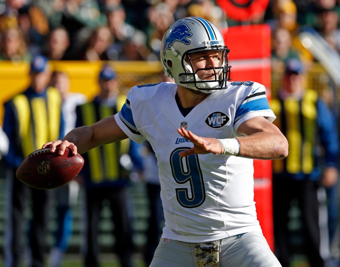 Detroit Lions quarterback  Matthew  Stafford throws during the first half of an NFL football game against the Green Bay Packers Sunday, Nov. 15, 2015, in Green Bay, Wis. (AP)