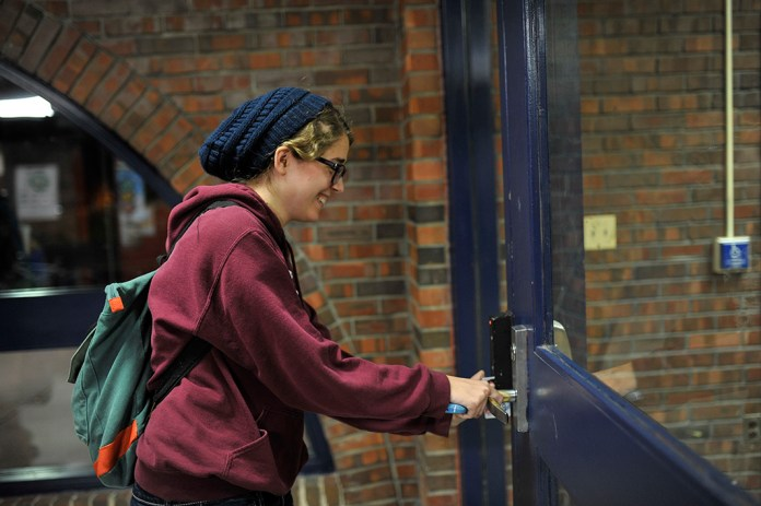 A  Daily Campus  investigation found that students were able to swipe into residence halls from spring 2015.(Jason Jiang/Daily Campus)