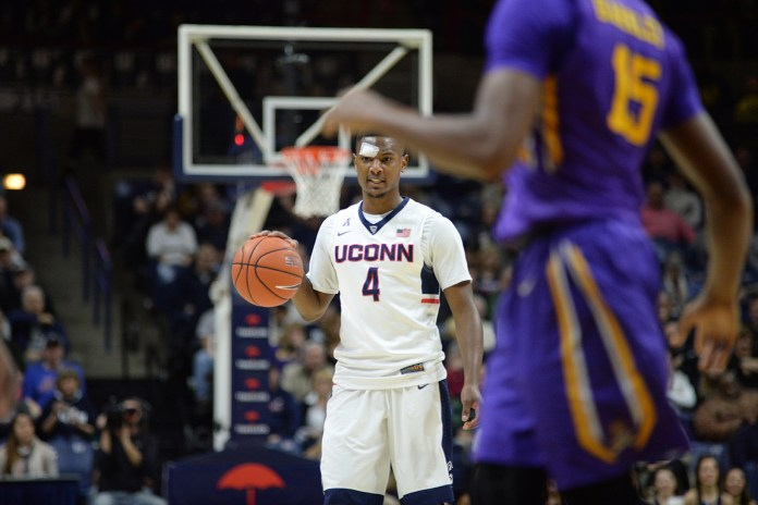Sterling Gibbs surveys the court during UConn's 85-67 win over ECU at Gampel Pavilion on Feb. 7, 2016. (Ashley Maher/The Daily Campus)