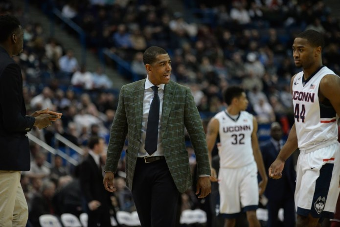 UConn men's basketball head coach Kevin Ollie, pictured at a game against Temple during the 2015-2016 season, has secured another commitment for the Class of 2017. Forward Tyler Polley announced his commitment to the Huskies via his Twitter account, propelling UConn's recruiting class from 24th overall to No. 7.(File Photo/The Daily Campus).