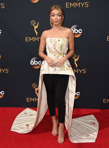 Sarah Hyland arrives at the 68th Primetime Emmy Awards at the Microsoft Theater on Sunday, Sept. 18, 2016, in Los Angeles. (Jordan Strauss/AP Photo)
