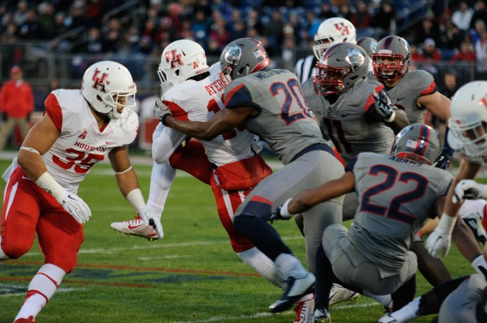 UConn defeats nationally ranked Houston 20-17 at Rentschler Field on Saturday, Nov. 21, 2016. The Huskies look to continue that win streak on Thursday, Sept. 29, when they travel to Houston to take on the Cougars. (Amar Batra/The Daily Campus)
