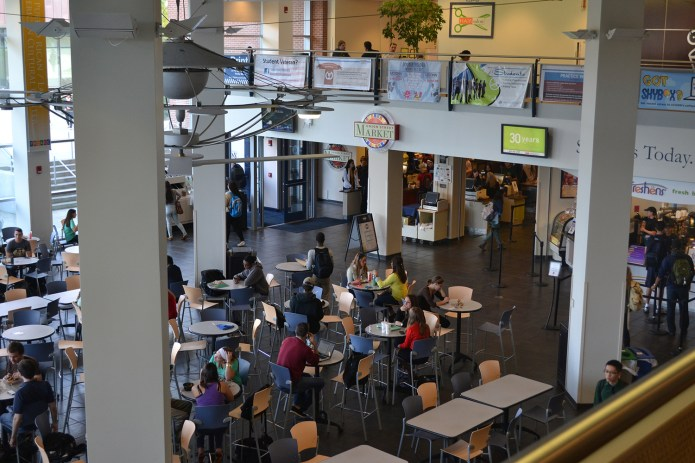 A steam leak at the Student Union forced a building-wide evacuation this morning, Friday, Oct. 14, 2016. The Student Union is houses offices, the Union Street Market, meeting spaces, commuter lounges and the Student Union theater. (File Photo/The Daily Campus)