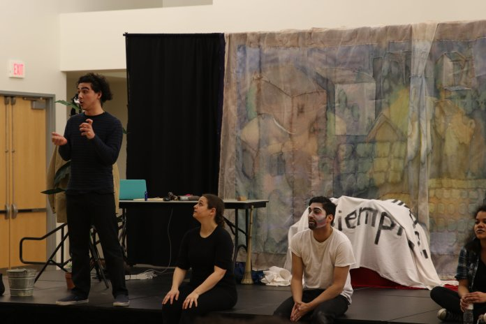 """Teatro Milagro conducts a Q&A for """"El Payaso"""" a bilingual play, at the Student Union Ballroom on Thursday, March 30, 2017. (Mustafe Mussa/The Daily Campus)"""
