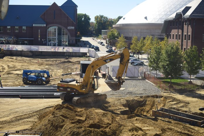 The construction site of the new recreation center of the UConn Storrs campus located near the business school and across the B&N bookstore, planning to be completed at 2019. (File photo, The Daily Campus)
