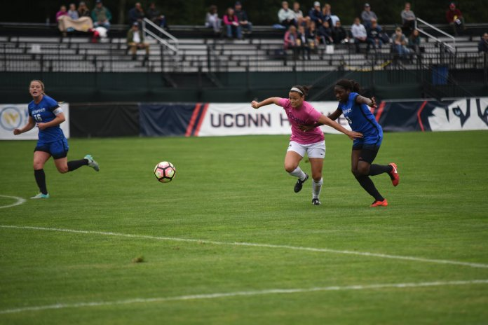 Women's soccer in action against Memphis last season. (Charlotte Lao/The Daily Campus)