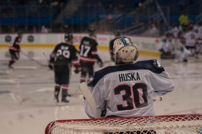 UConn Huskies shuts out Northeastern 4-1 with help from goalie Adam Huska. (Eric Wang/The Daily Campus)