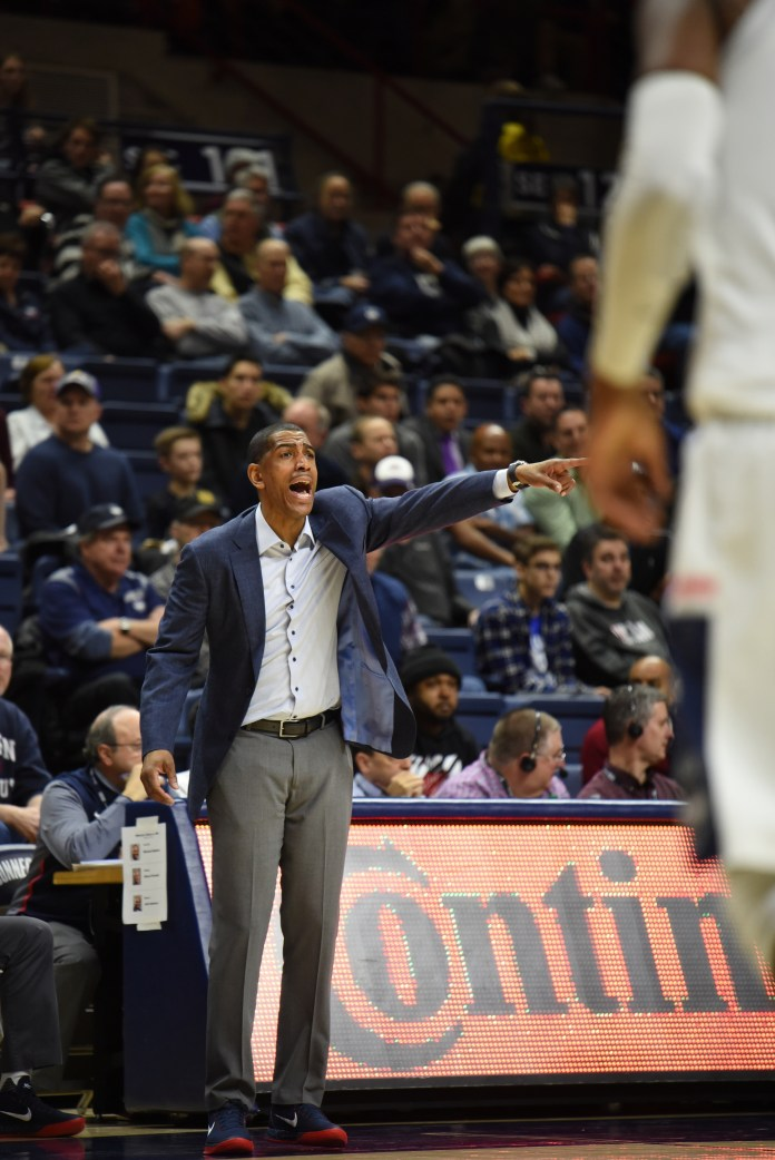 Men's basketball lost a winnable regular season finale at Houston on Sunday.(Charlotte Lao/The Daily Campus)