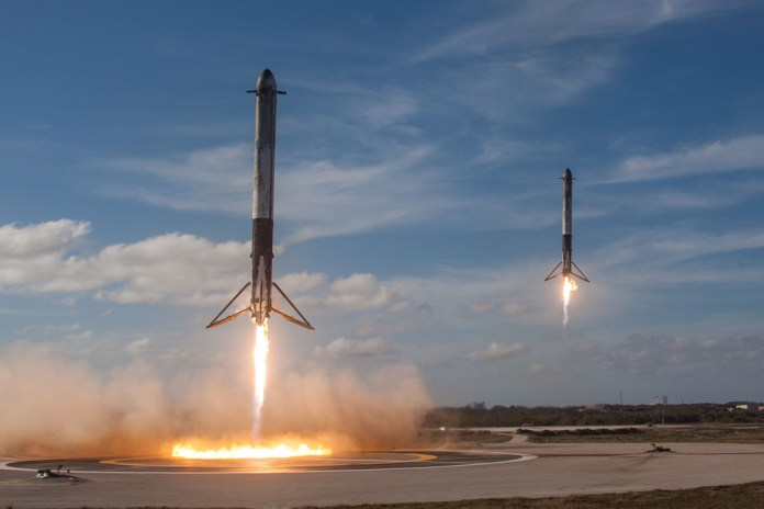 Falcon Heavy rockets during a demo presentation. ( Official SpaceX Photos /Flickr Creative Commons)
