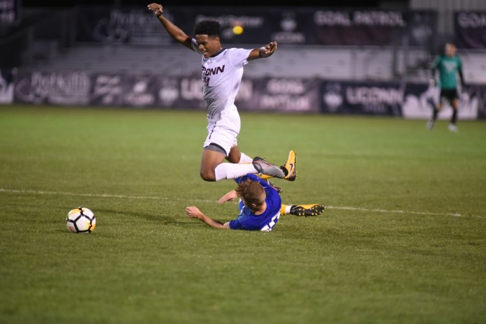 A daunting Midwest road trip awaits for the men's soccer team. (Charlotte Lao/The Daily Campus)