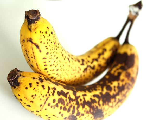 Bananas were once these greenish-pulpy things with large seeds embedded within their sweet flesh. (greeny_meanie/Flickr Creative Commons)