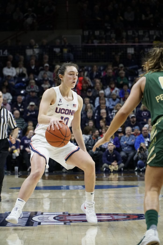 Junior guard Molly Bent set a career-high with six points Sunday afternoon. Photo by Eric Wang/The Daily Campus