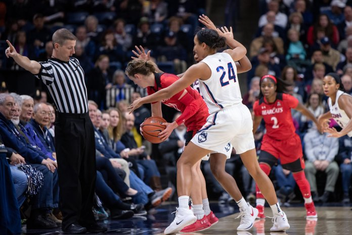 UConn Women's basketball game on 1/9/19. (Photo by Charlotte Lao/The Daily Campus)