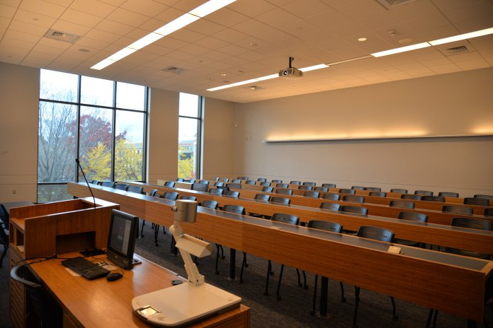 Many professors at the  University of Connecticut  incorporate attendance in their classes as a participation grade. (File photo/The Daily Campus)