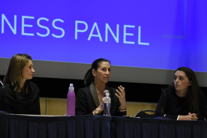 """USG hosts """"Come As You Are,"""" a panel about body image awareness. Panelists discussed the issues surrounding body standards and the dangers of dieting. (Brandon Barzola/The Daily Campus)"""