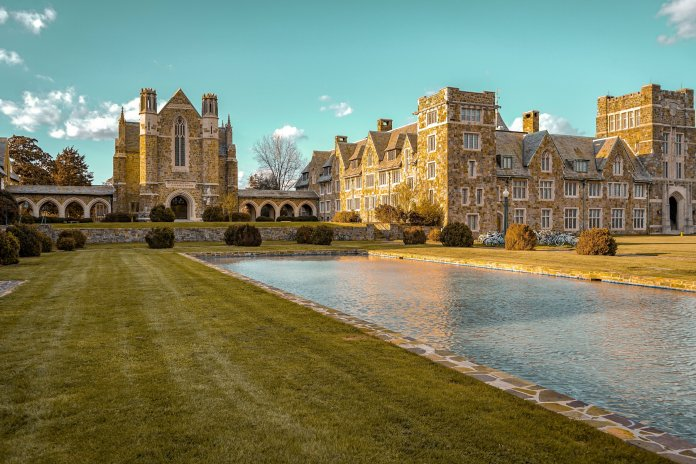 A recent study found that Dartmouth, Princeton, Yale, Penn and Brown, along with 33 other expensive private universities, all had more students from the top 1% of the income scale than the bottom 60%. Photo by Spencer Russell on Unsplash