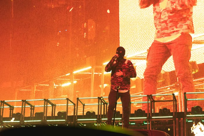 """In this Oct. 14, 2019 photo American musical duo Twenty One Pilots performed at Mohegan Sun Arena. """"My Blood"""" and """"Heabydirtysoul"""" are two songs from the duo that should make an essential spooky songs playlist.  Photo by Kimberly Nguyen / The Daily Campus"""