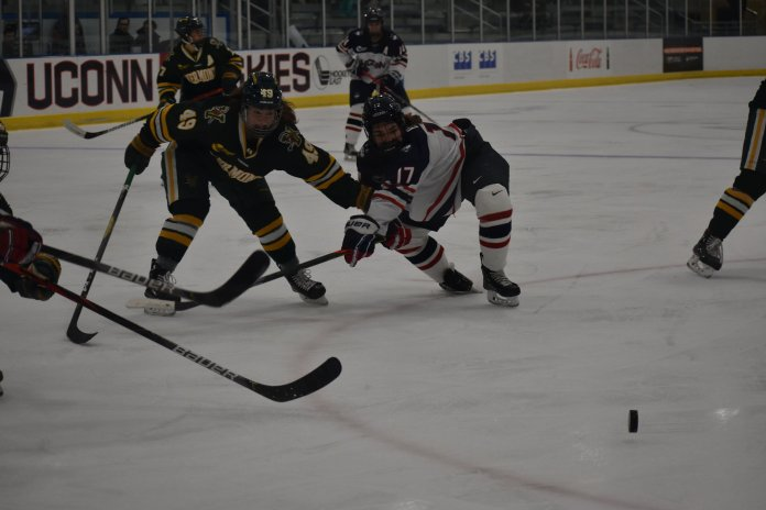 The UConn's women's hockey team finished with a tie of 2-2 against the University of Vermont at the Freitas Ice Forum Friday, Nov. 15, 2019. The Huskies picked up a point with the tie, and pushed their unbeaten streak to three games.  Photo by Sofia Sawchuk/The Daily Campus