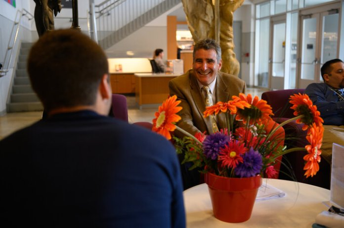 President Thomas C. Katsouleas holds office hours at the Benton on Friday, Sept. 6, 2019. Students were able to chat and talk with the president.  Photo by Charlotte Lao / The Daily Campus