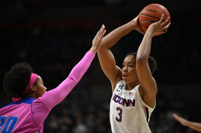 UConn shot very poorly from the field, scoring just two points in the first quarter, their lowest scoring quarter in the program's history.  Photo by Kevin Lindstrom / The Daily Campus.