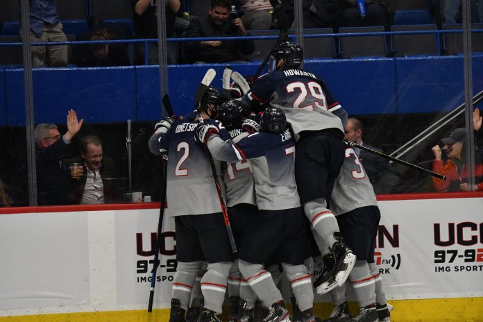 The Huskies earned four huge points this weekend. They now sit at No. 4 in the Hockey East with just three games left in the regular season.  Photo by Kevin Lindstrom/The Daily Campus.