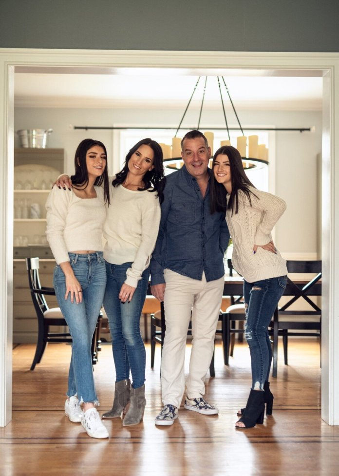 (From left to right: Dixie, Heidi, Marc and Charli) Associate News Editor Taylor Harton speaks with UConn alum and Tik Tok dad Mar D'Amelio and his wife Heidi about his experience at UConn, the future for his daughters and not taking the social platform too seriously.  Image courtesy of Marc D'Amelio