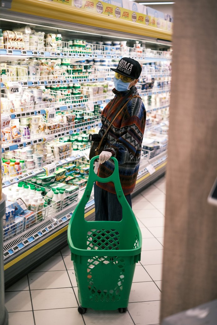 Having a designated shopper is one way to make going to the grocery store as safe as possible.  Photo by    Giuseppe Argenziano    on    Unsplash   .