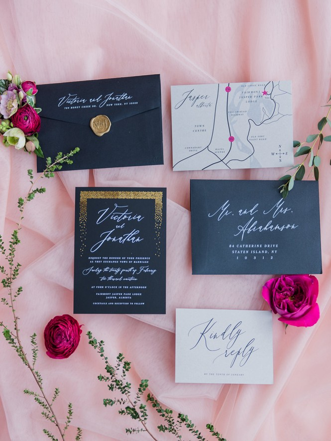 Upscale Party In This Black White And Hot Pink Wedding