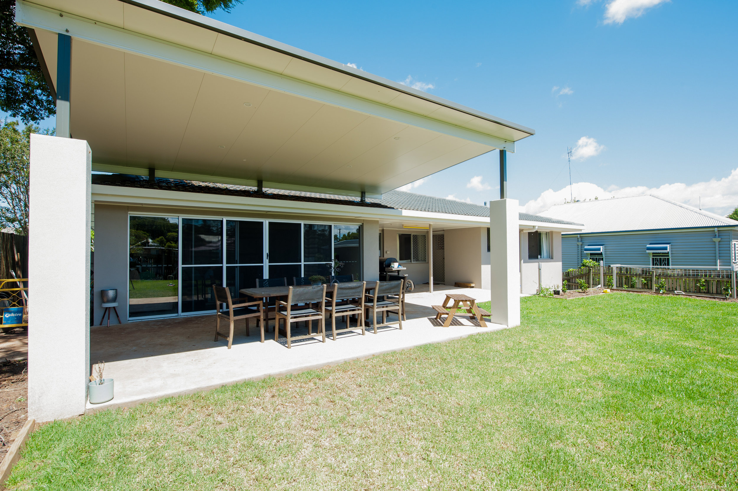 insulated fly over patio roof prestige patios outdoors toowoomba