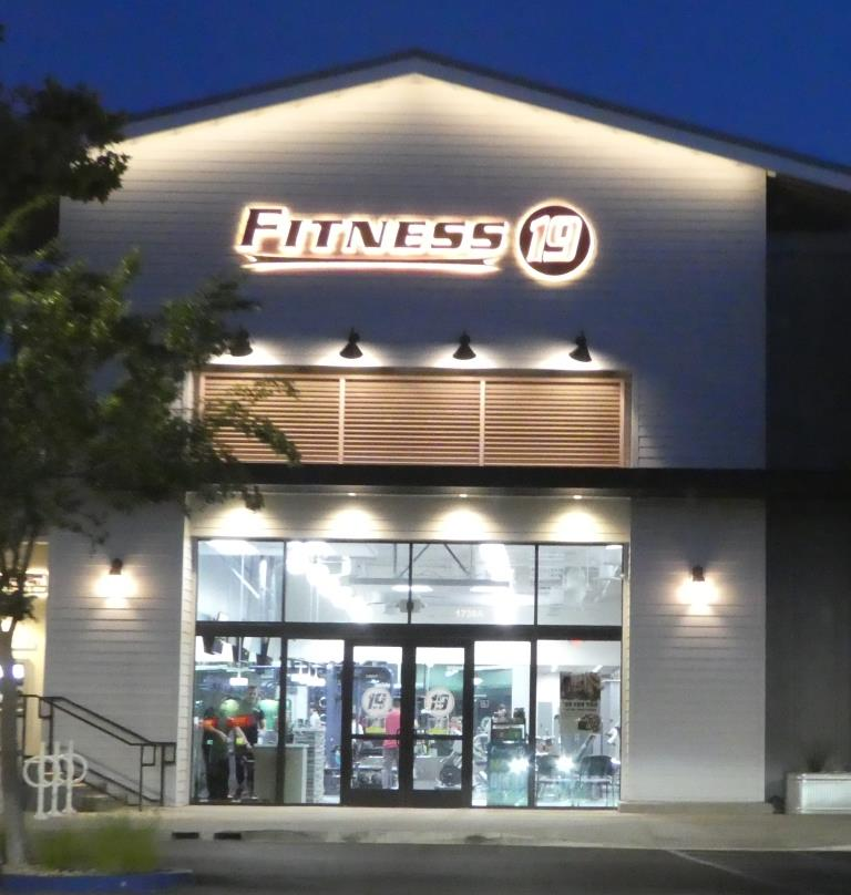 Fitness 19 In Thousand Oaks Conejo Valley Guide Conejo Valley Events