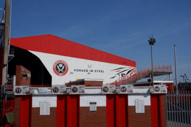 Sheffield United proving they can compete with the big boys —  Keepitonthedeck