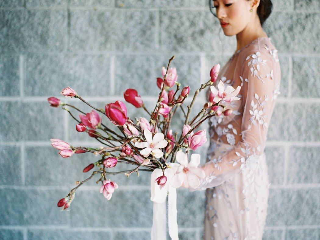 Single Floral Bridal Bouquet_Allen Tsai Photography_Gather Design Company.jpg