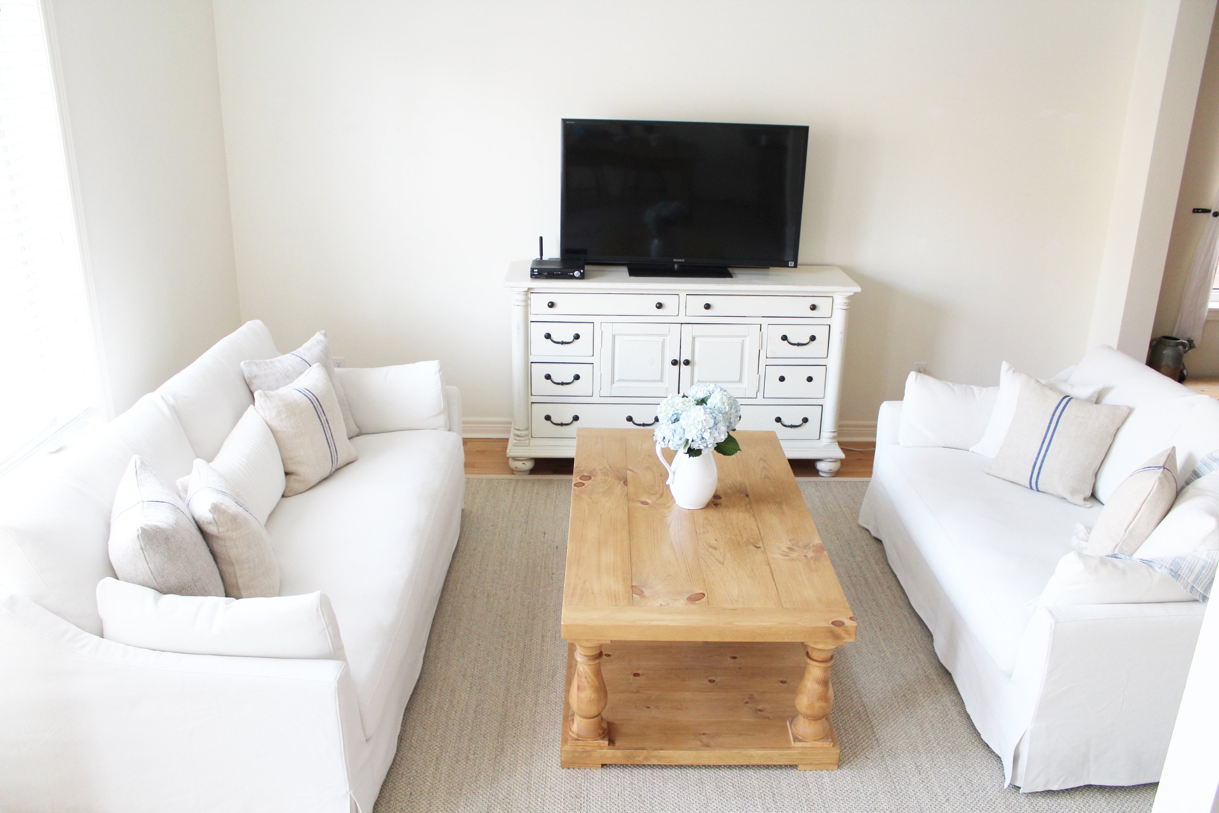 We've shopped the web for you, pulling tons of styles and brands for dining chair pillows together in one place. Ikea Farlov Sofa White - Test 6