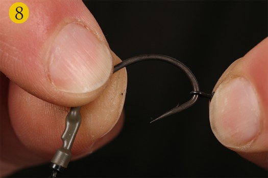 Now you can slide a size 20 Target Swivel on to the hook.
