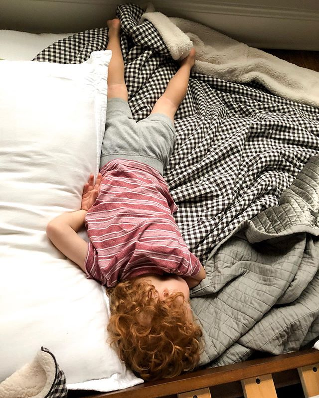 Night after night it's late bedtimes and early rises with this one. BUT, today he slept in until 8:30am! Yes, he may have woken up about three different times in the night, but I sure loved having my coffee in silence this morning. #earlymornings #gingerbabies #gingers #curlsforthegirls #chasingthesun #phonepic #musiccity #franklintn