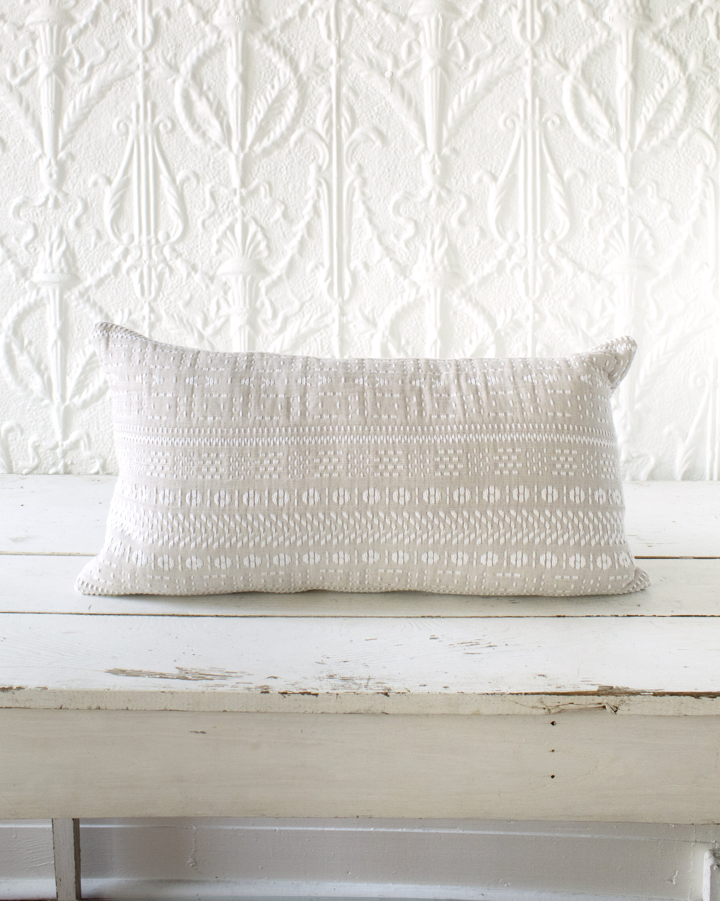https www ricabody com shop flax white pillow cover