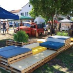 Wood Pallet Lounges For Events Ronen Rental