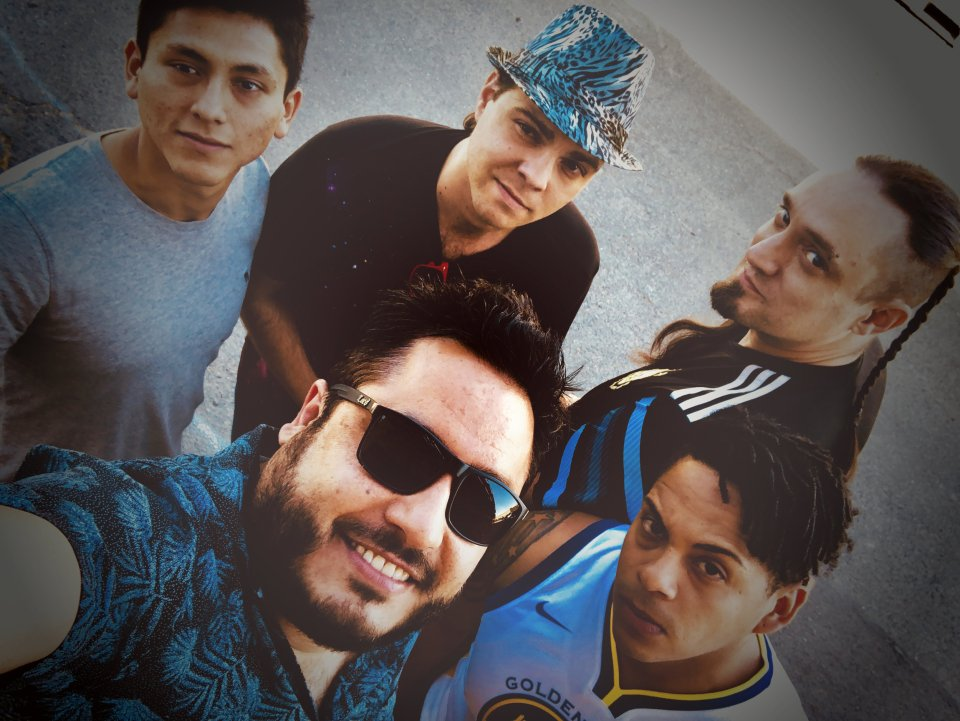 Comoloco, Latin Rock