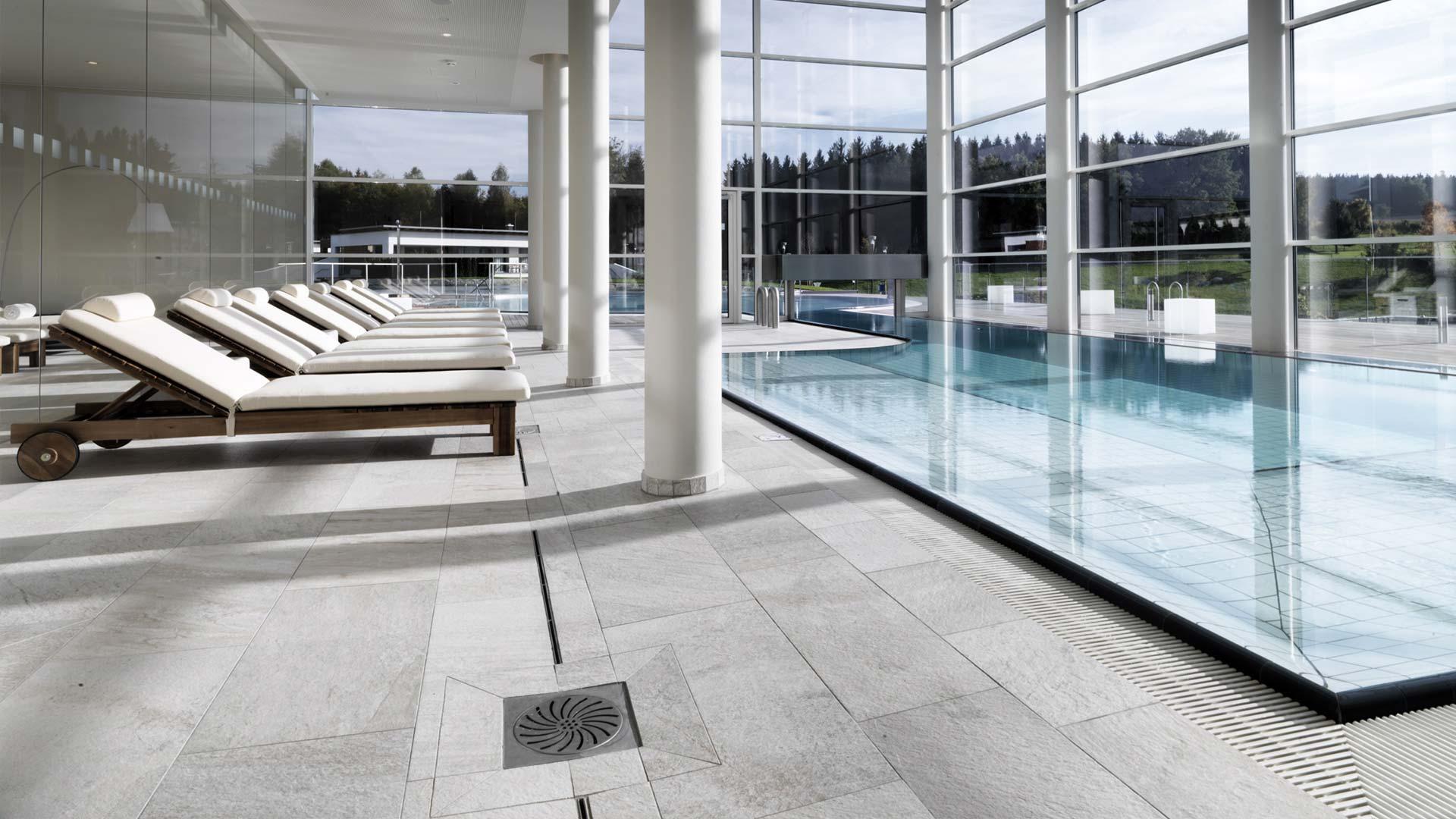 luxury large format porcelain tiles