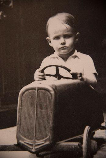 Prinz Henrik mit vier Jahren.    Foto: Danish Royal House