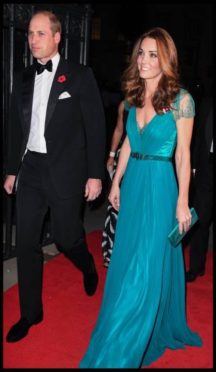 Herzogin Kate ist 1,75 Meter groß und wiegt laut Medienberichten 56 Kilogramm. Wenn das stimmt, hätte die Britin leichtes Untergewicht.  ©imago/i Images