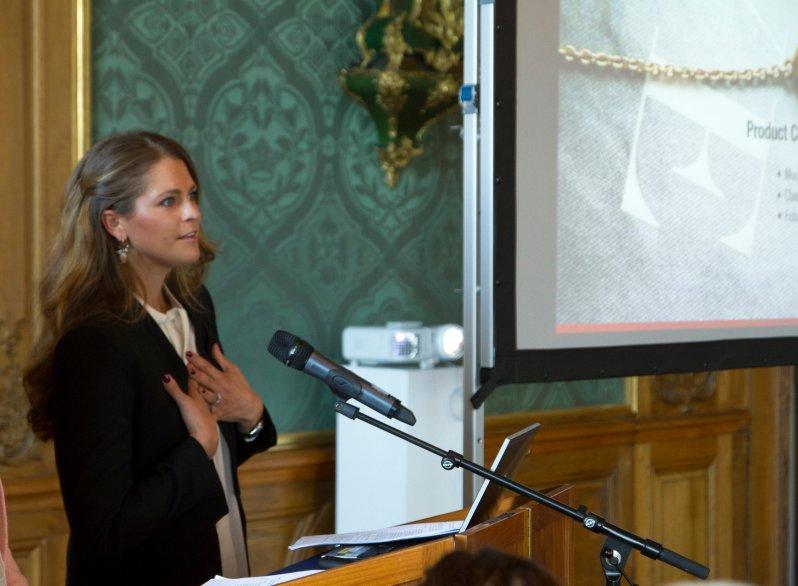 """Seit 2010 arbeitet Prinzessin Madeleine für die """"World Childhood Foundation"""". Der Großteil ihrer Arbeit findet jedoch nicht in der Öffentlichkeit statt.  ©royalcourt.se"""