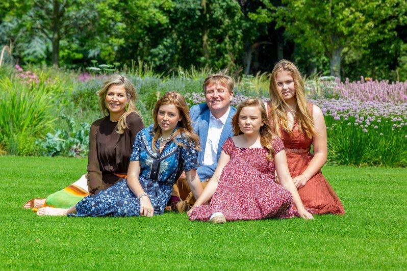 Eine echte Bilderbuchfamilie: Königin Maxima und König Willem-Alexander mir ihren Töchter Alexia, Ariane und Amalia (v.l.n.r)  © RVD / Wesley de Wit