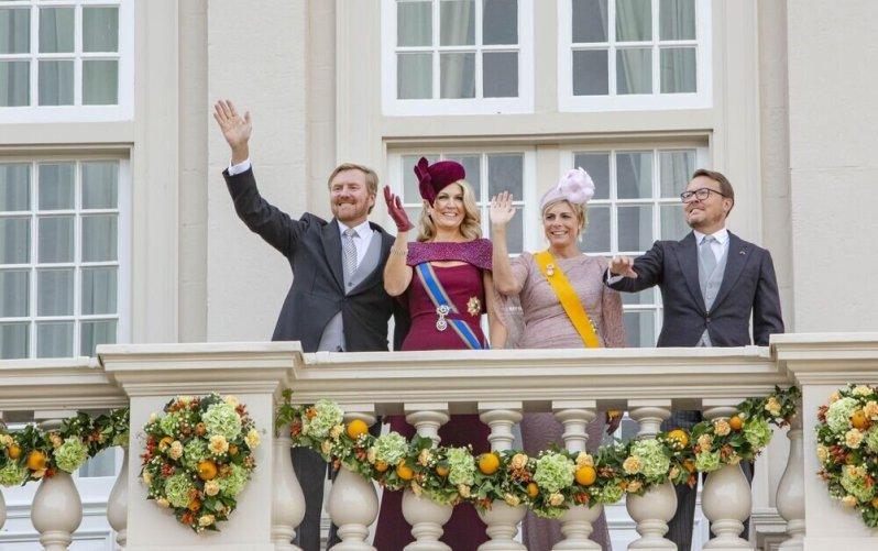 17. September 2019   Zum traditionellen  Prinzentag  grüßen König Willem-Alexander, Königin Maxima, Prinzessin Laurentien und Prinz Constantijn vom Palastbalkon.  ©imago images / PPE